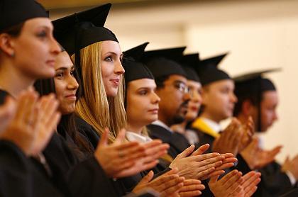 Yurtdışında üniversite mezuniyet